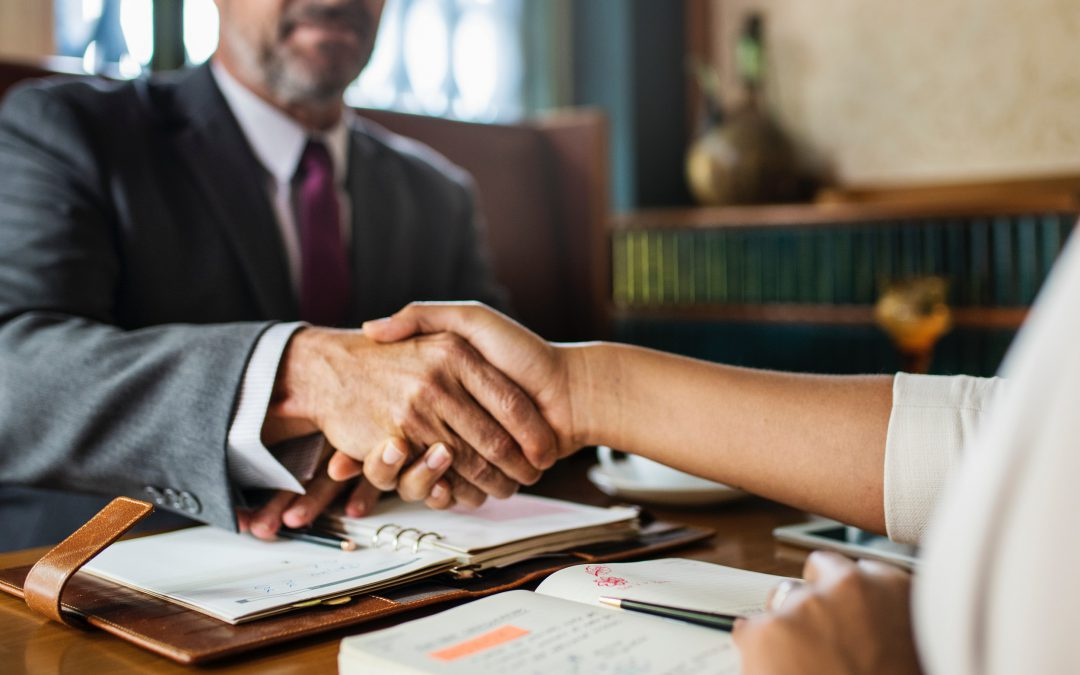 Por qué elegir a un abogado especializado en herencias internacionales y no a un abogado generalista