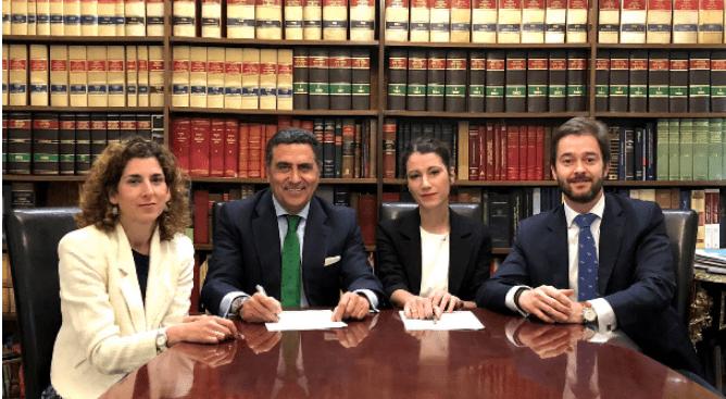 Robert Walters y Apromes firman un protocolo de colaboración